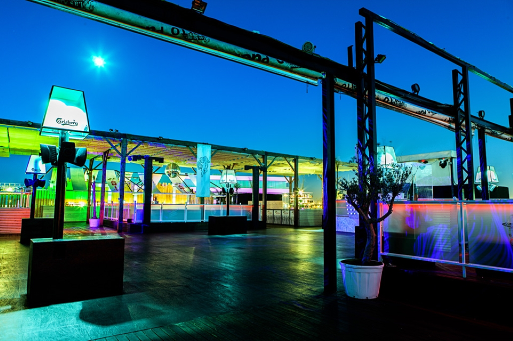 Las animas del puerto en val ncia clubes en espa a for Animas room valencia